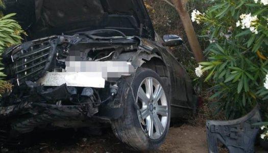 Aparatoso accidente de tráfico en Sotogrande, con tres heridos