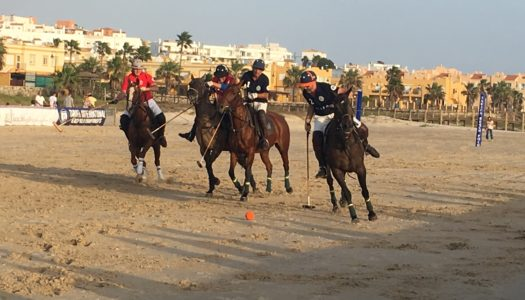 El Beach Polo se luce en Tarifa